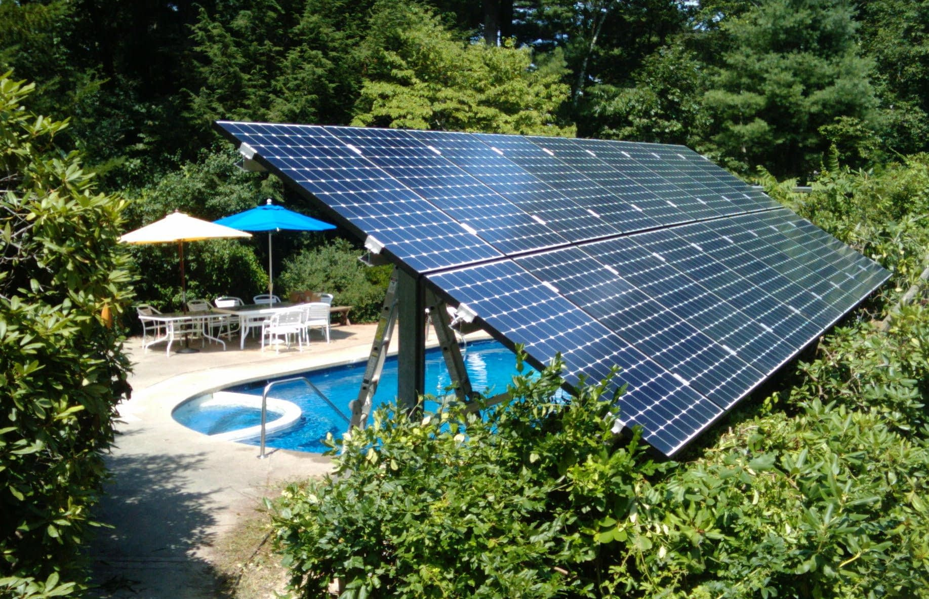 Ground mounted residential solar array
